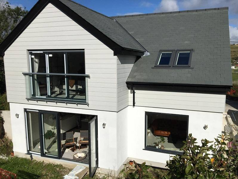 A Grant trio of technologies keep new build home in Perranporth up to temperature