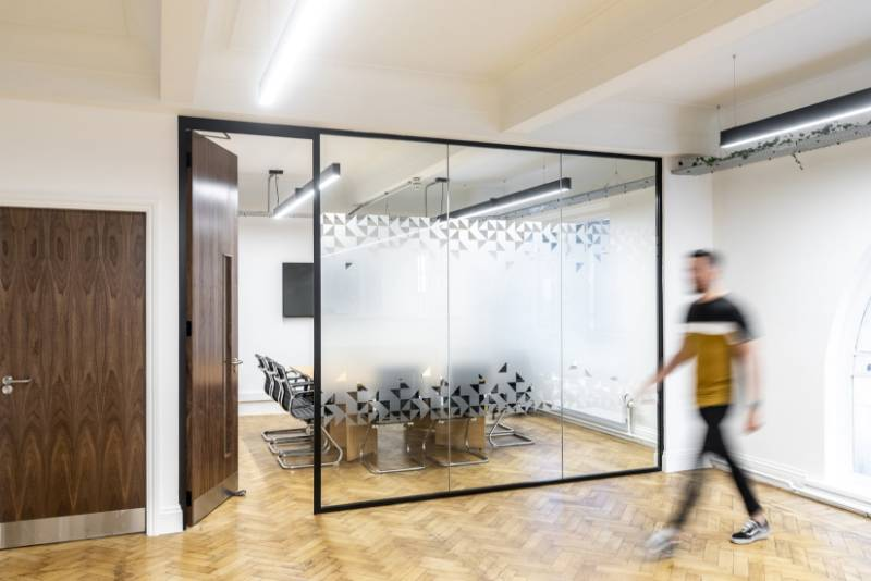 Polar 54 Slimline Single Glazed Partitioning 14—8 mm