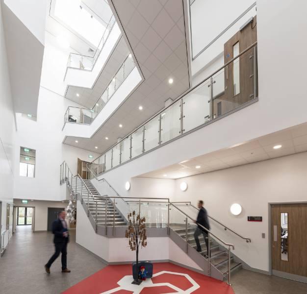Rockfon ceilings shine throughout £20m Didsbury High School