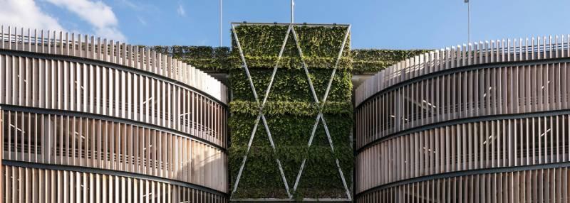 The biggest WallPlanter in the UK: Bracknell Town Centre Regeneration