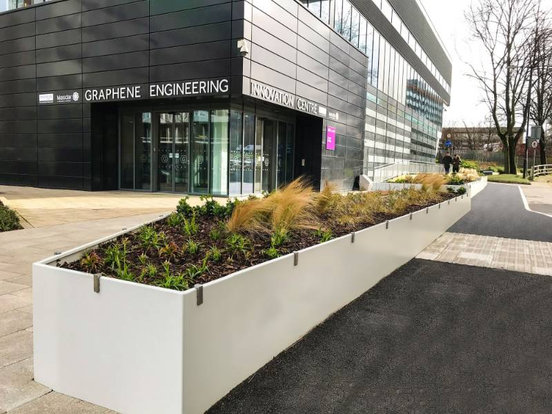 AKRI provides attractive planting solution in new public space