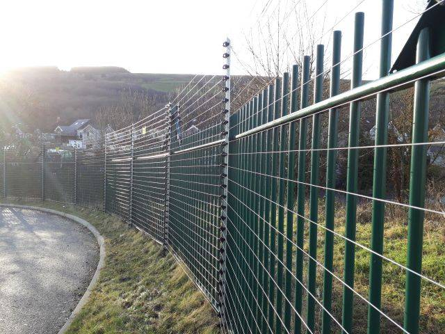Pulse Monitored Fencing
