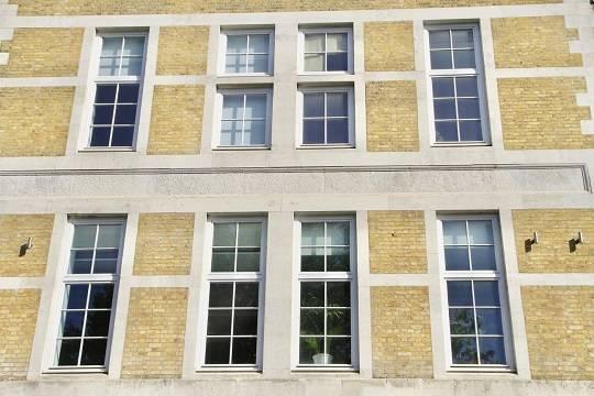 Traditional Tilt & Turn Timber Windows – Tilt & Turn Floating Mullion