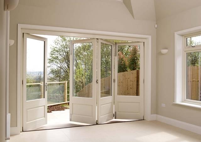 Classic Folding Doors
