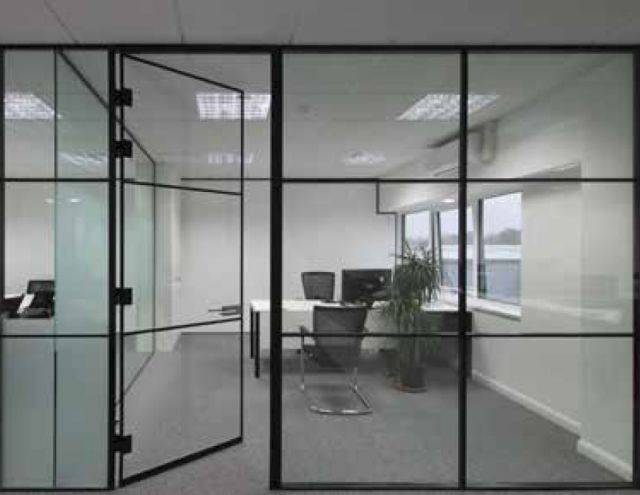 p54 Single Centre Glazed Panel Partition System