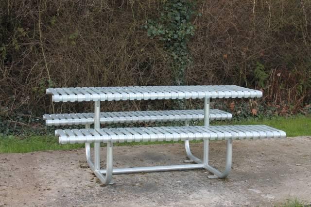 Rockingham Picnic Table