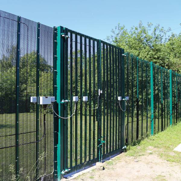 Lockmaster SR2 with infill options - Double leaf - Carbon steel gate