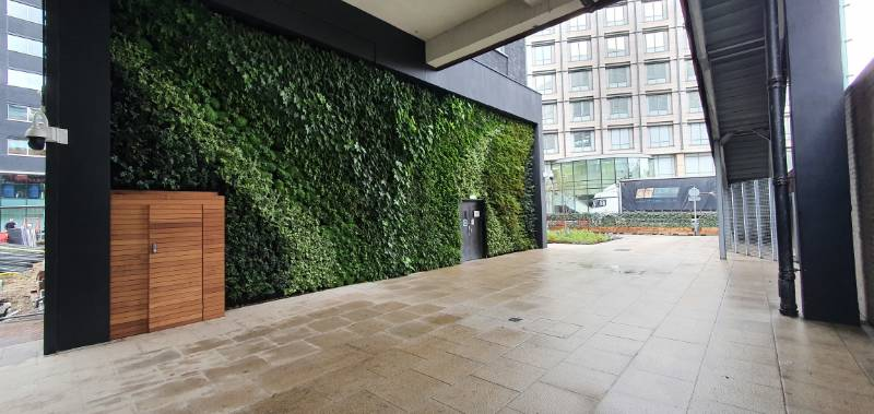 Living Wall Metro Building Hammersmith