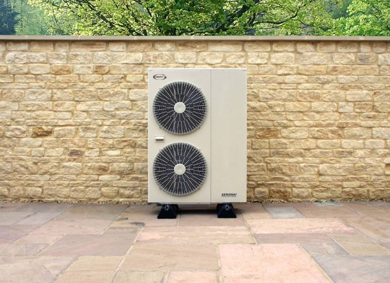 Grant Aerona³ 13kW R32 Inverter Driven Air Source Heat Pump