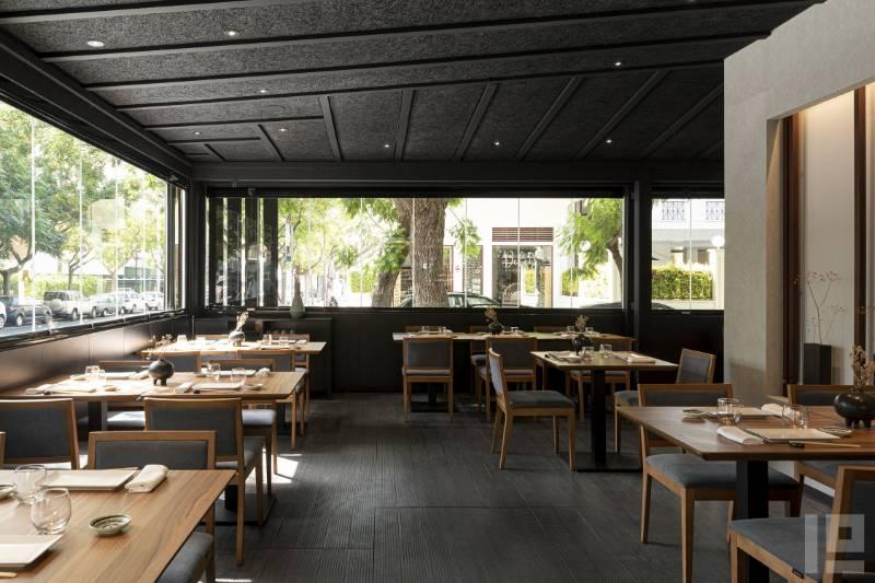 Acoustic insulation for  Japanese restaurant