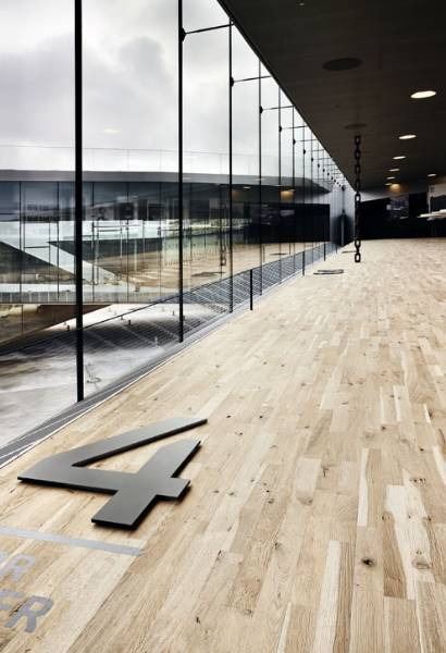Junckers Custom Floor for Award-winning Building