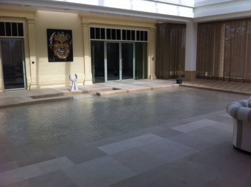 Private Home, Suffolk UK: Creating a Flexible Entertainment Space for the Pool Area