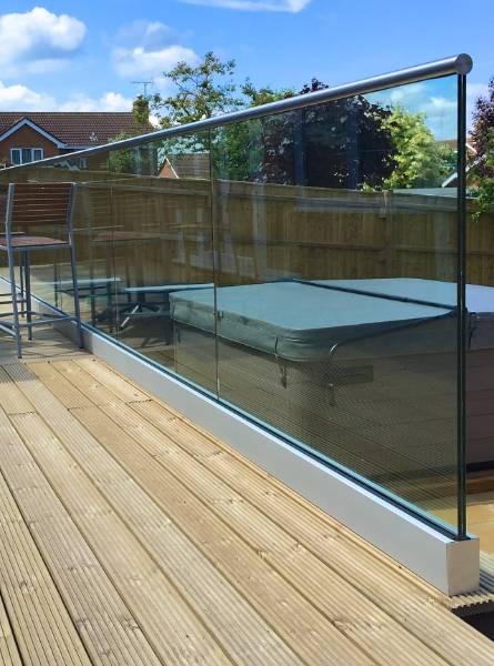 Balustrade - Glass