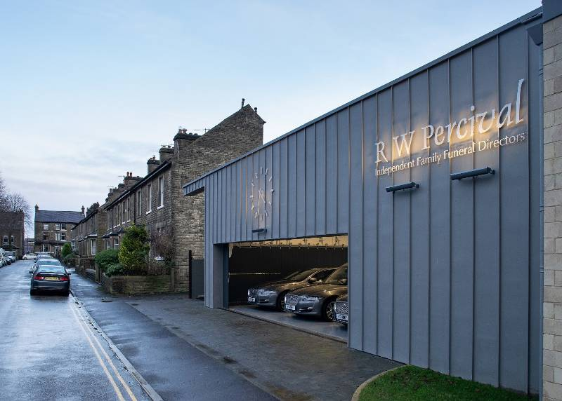 Delivering specialist vehicle dual-access for sensitively-designed Belfield House