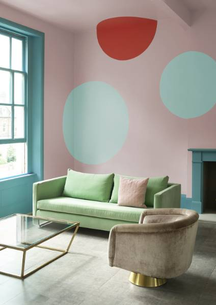 Crown Paints celebrates colour with the new trends for Spring/Summer 2017