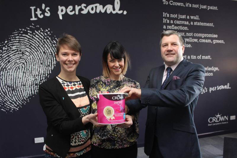 Crown Paints hands over landmark donation for Hull UK City of Culture 2017
