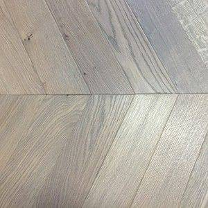 15 mm Oiled Oak Chevron Blocks
