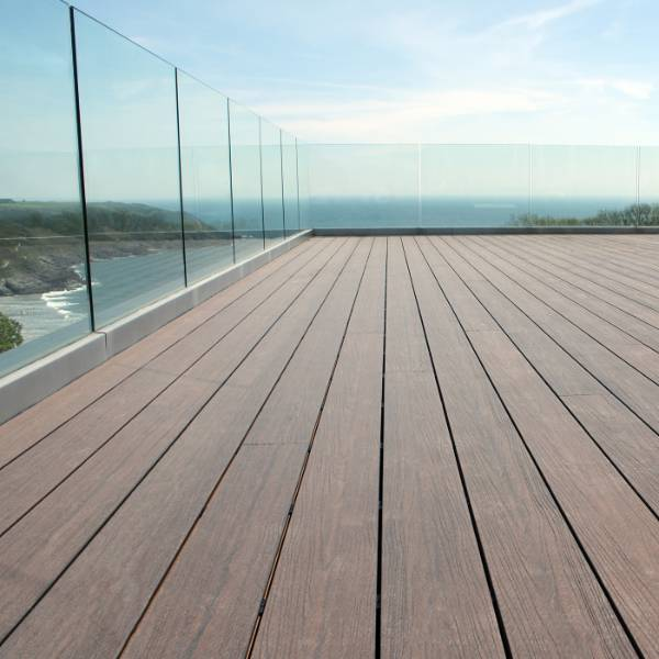 Stunning Private Rooftop Terrace, Wales