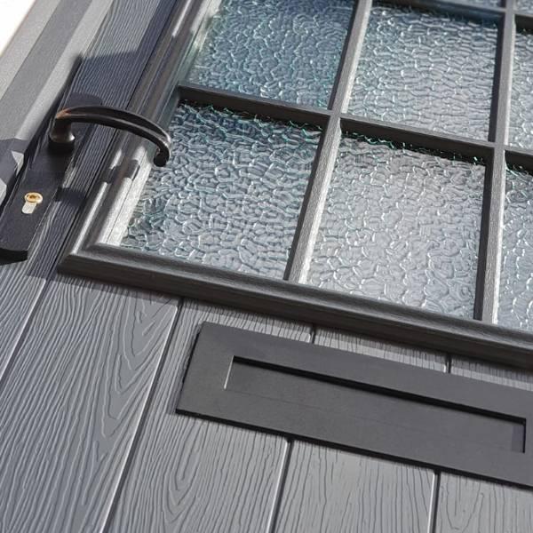CO7200C & LP400 DURATIQUE Door Handle and Letter Plate in Devon