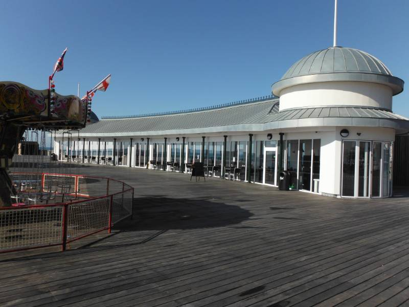 Underfloor Heating for the iconic RIBA Stirling prize-winning Hastings Pier