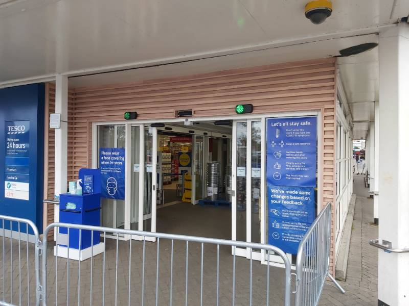1) Tesco roll out FlowControl to 1,100 stores