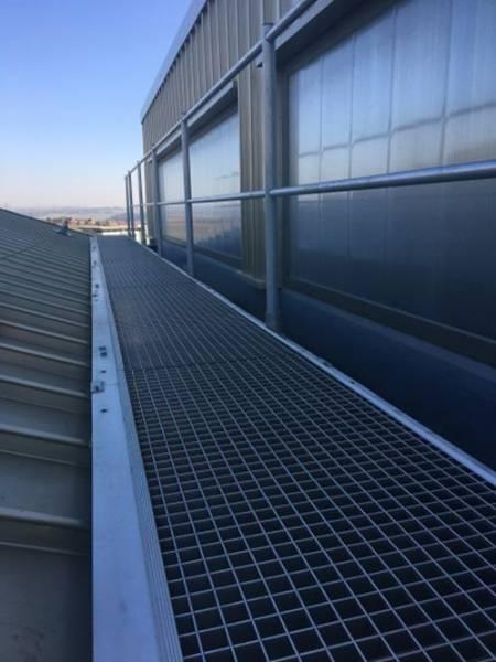 Ascent Aluminium Walkway System For Standing Seam Roofs