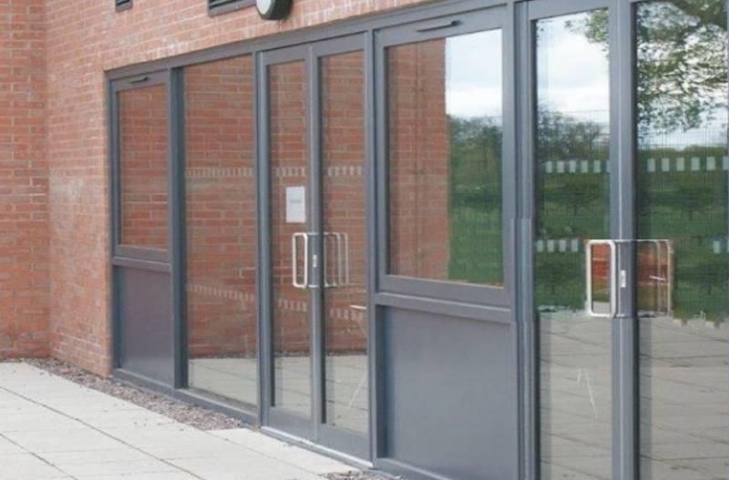 Kestrel Aluminium TB Thermal Commercial Pivot Door
