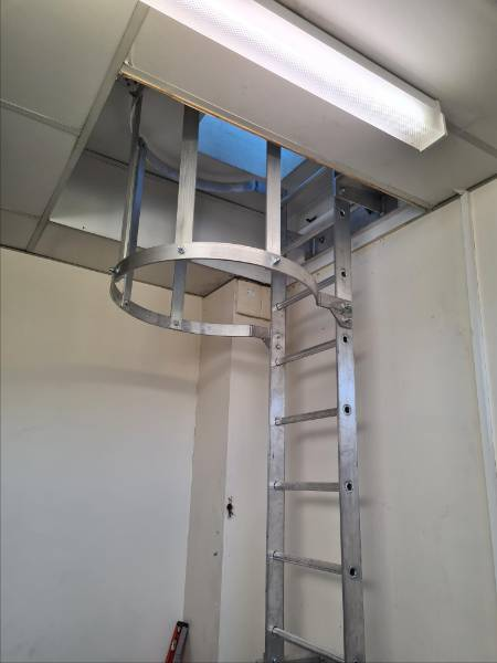 Fixed utilitarian access system - fixed access ladder to roof access hatch