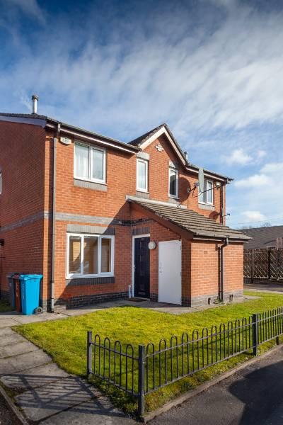 Arawak Walton Housing Association, Manchester - Social housing Optima Casement