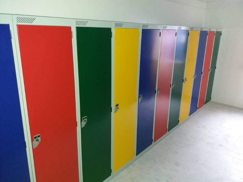 On board with Arconic Manufacturing - Employee Lockers