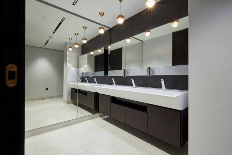Maxwood washrooms star in London's West End development