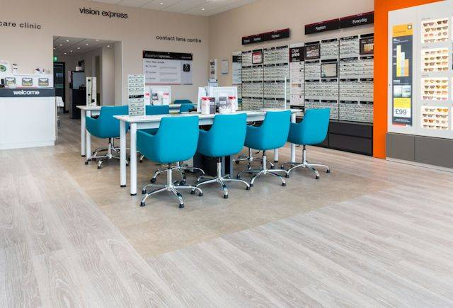 All eyes are on Expona flooring at Vision Express