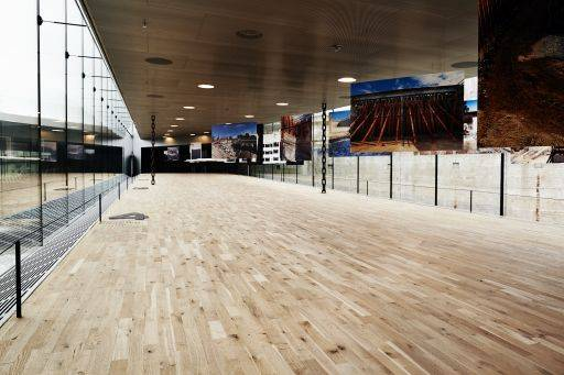 22 mm 2 strip parquet battened flooring system