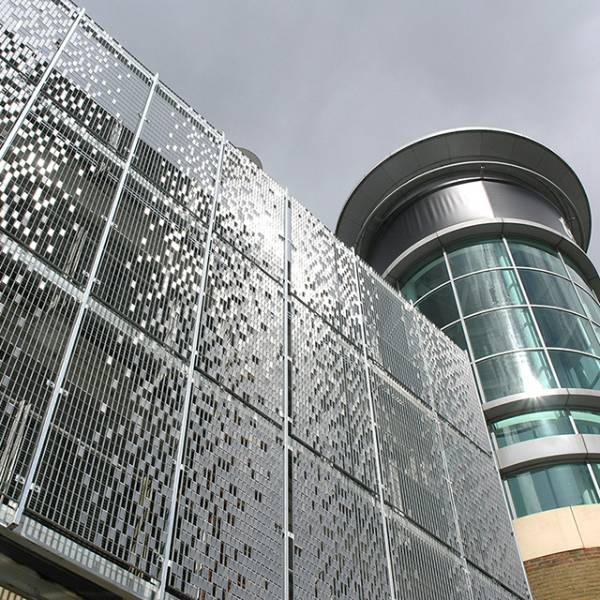 STEREO-KINETIC wall cladding transforms refurbished car park at Festival Square, Basingstoke