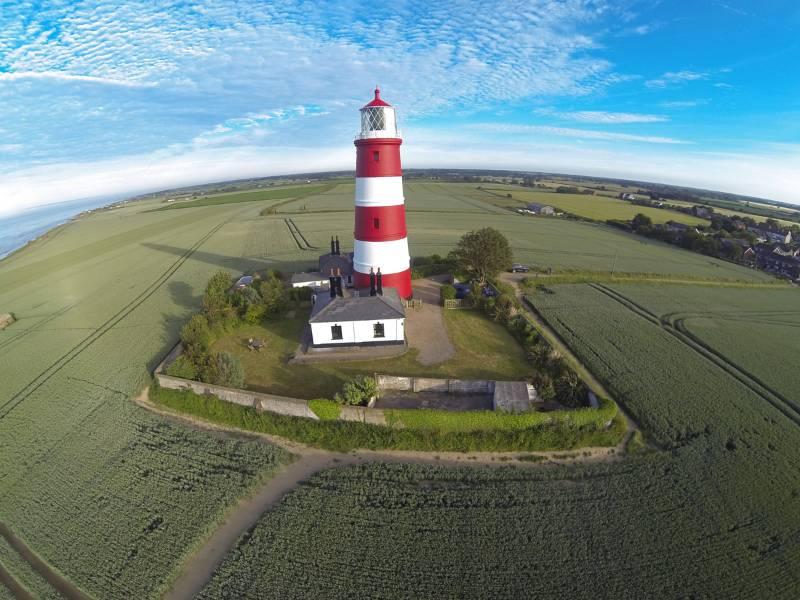 Sandtex gets Happisburgh Lighthouse ship-shape for summer