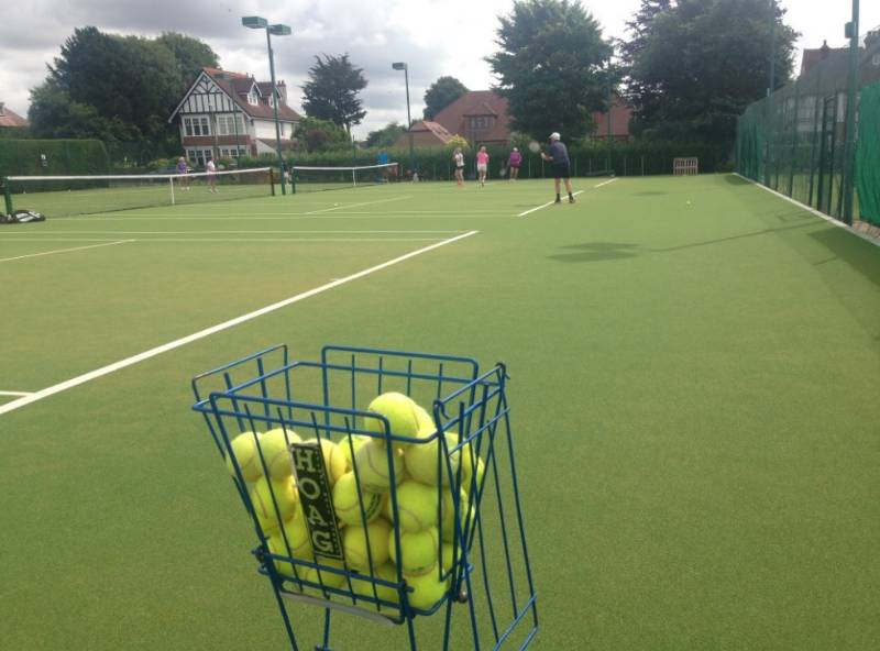 Artificial Grass Case Study - The Avenue Lawn Tennis, Squash, and Fitness Club