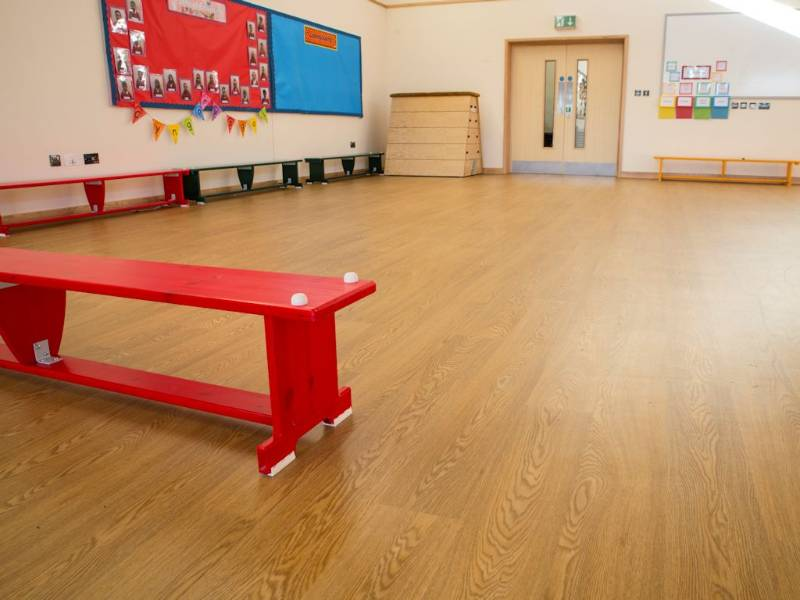 Polyflor flooring helps create new extension at Llwyncrwn Primary School