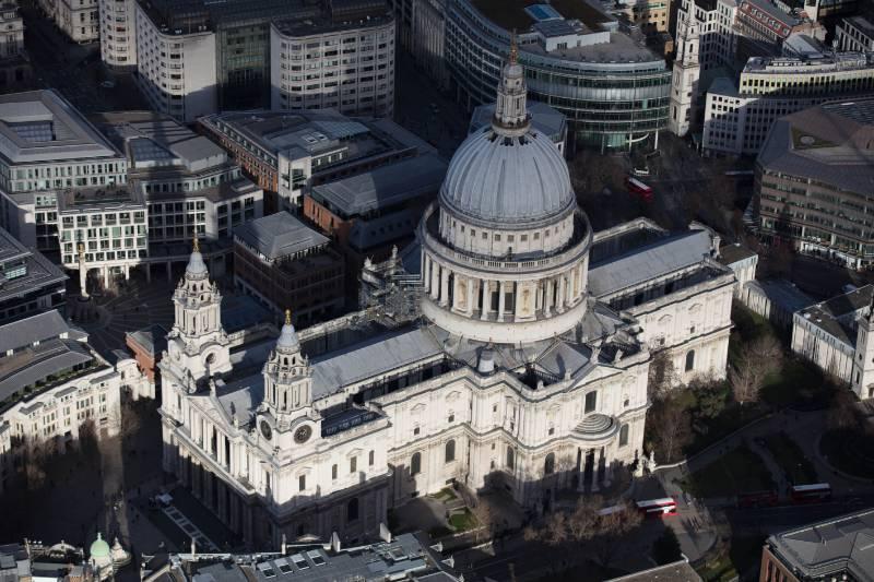 Asphalt from 1906 Replaced on Major UK Landmark