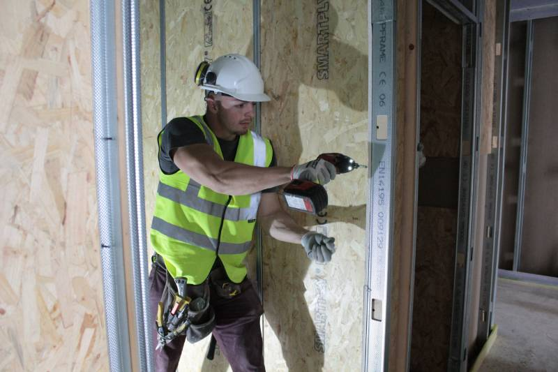 SMARTPLY PATTRESS PLUS- THE TIME SAVING PANEL GREATLY REDUCES INSTALL TIME