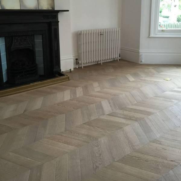 Oak Engineered Wood Flooring, Unfinished, 60° Chevron Parquet