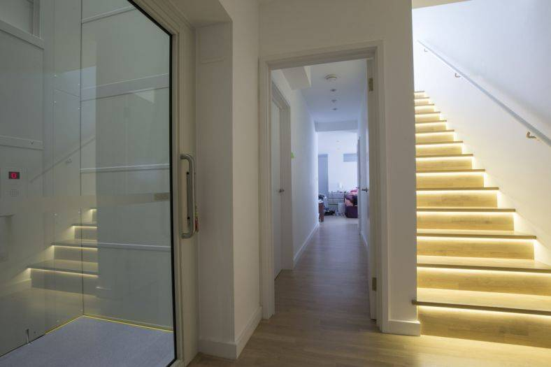 How a Stannah Midilift SL platform lift brings freedom to a designer home