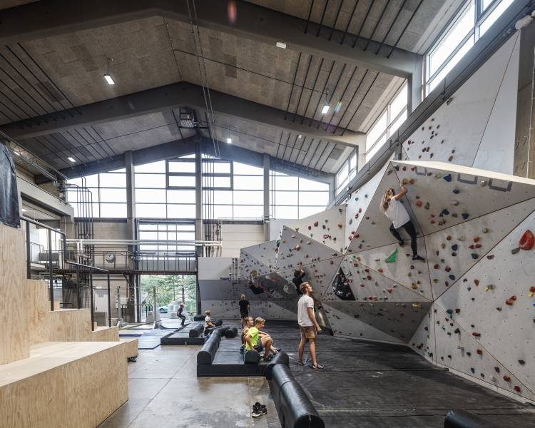 Innovative architecture helps keep people moving