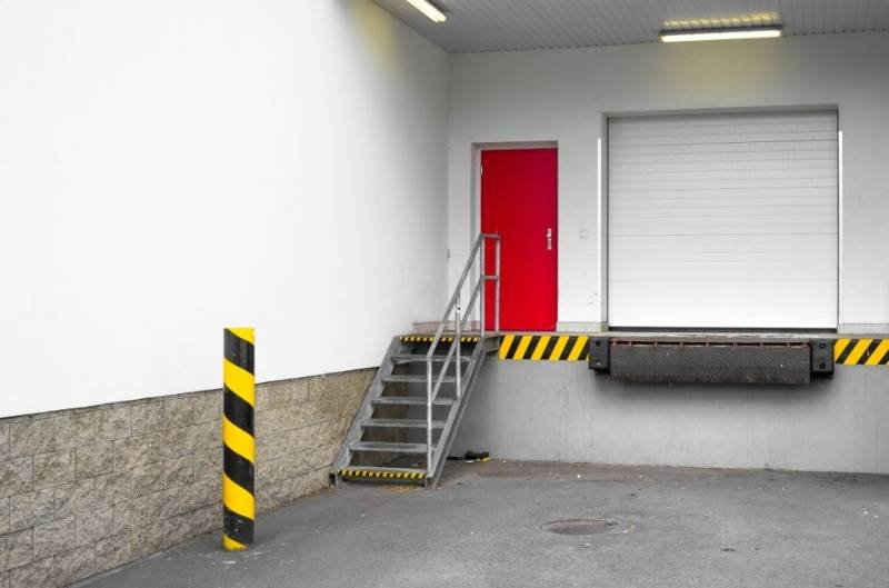 Dock Leveller Dock Plus HDE 2000 Edge of Dock Leveller