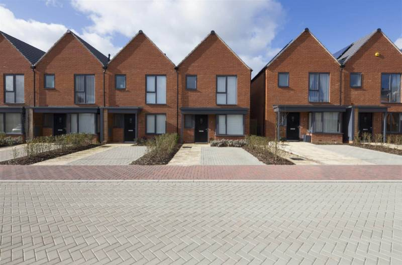 Manor Kingsway - £100 million housing project - Attractive SuDS solution