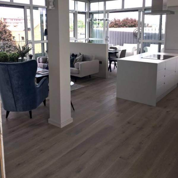 Oak Engineered Wood Flooring, UV Oiled, Narrow Boards