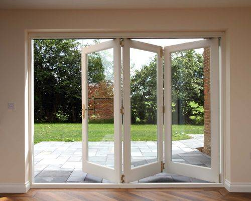 08 Kensington and Chelsea Bi-folding Doorset