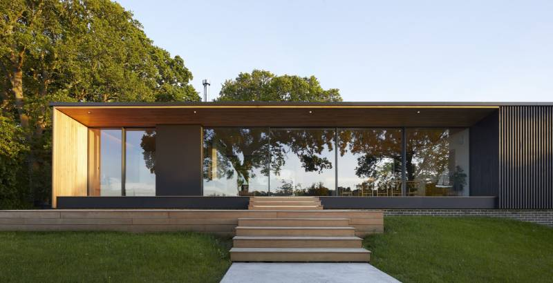 Island Rest: the contemporary family home featuring Reynaers Hi-finity sliding system