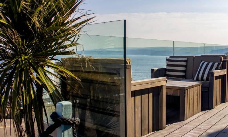 POSI-Glaze Balustrade Installation for a Cornish Pub