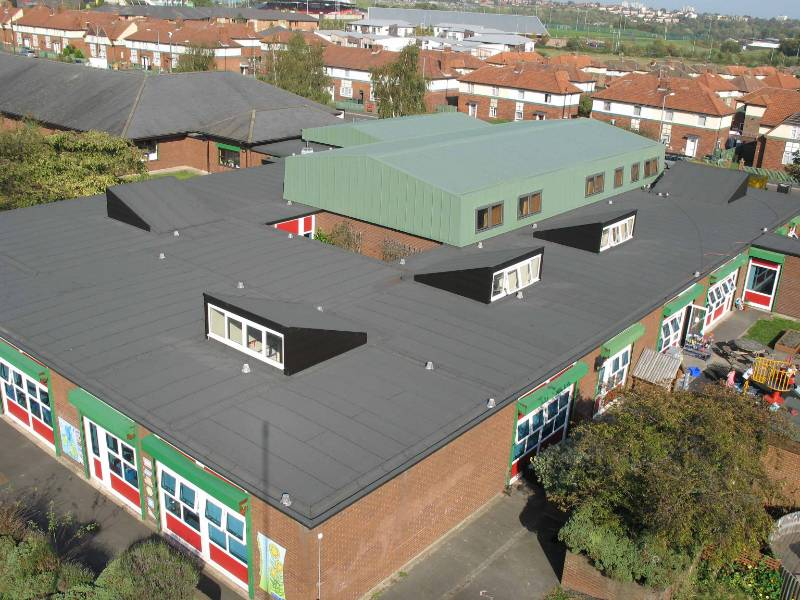 School Receives New Single Layered Roofing System