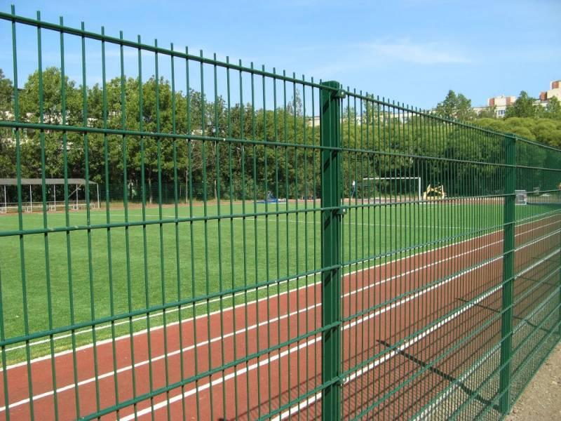 Nylofor 2D + Nylofor-Twilfix - Metal mesh fence panel
